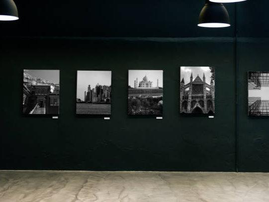 Une photo d'exposition vintage